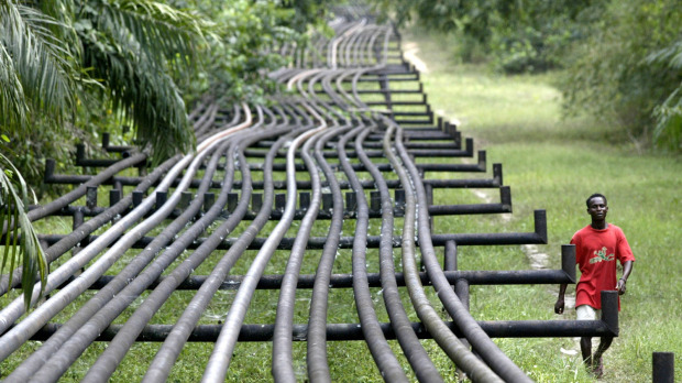 nigeria-intel-shell-oil-pipeline