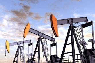 Illustration of three oil rigs in the desert