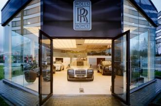 rolls_royce_showroom_aussen_085