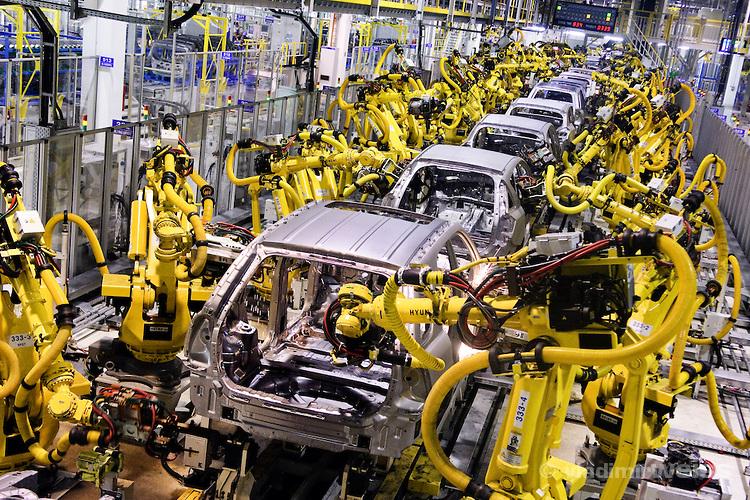 Fg To Launch N7 5billion Local Car Purchase Loan Scheme